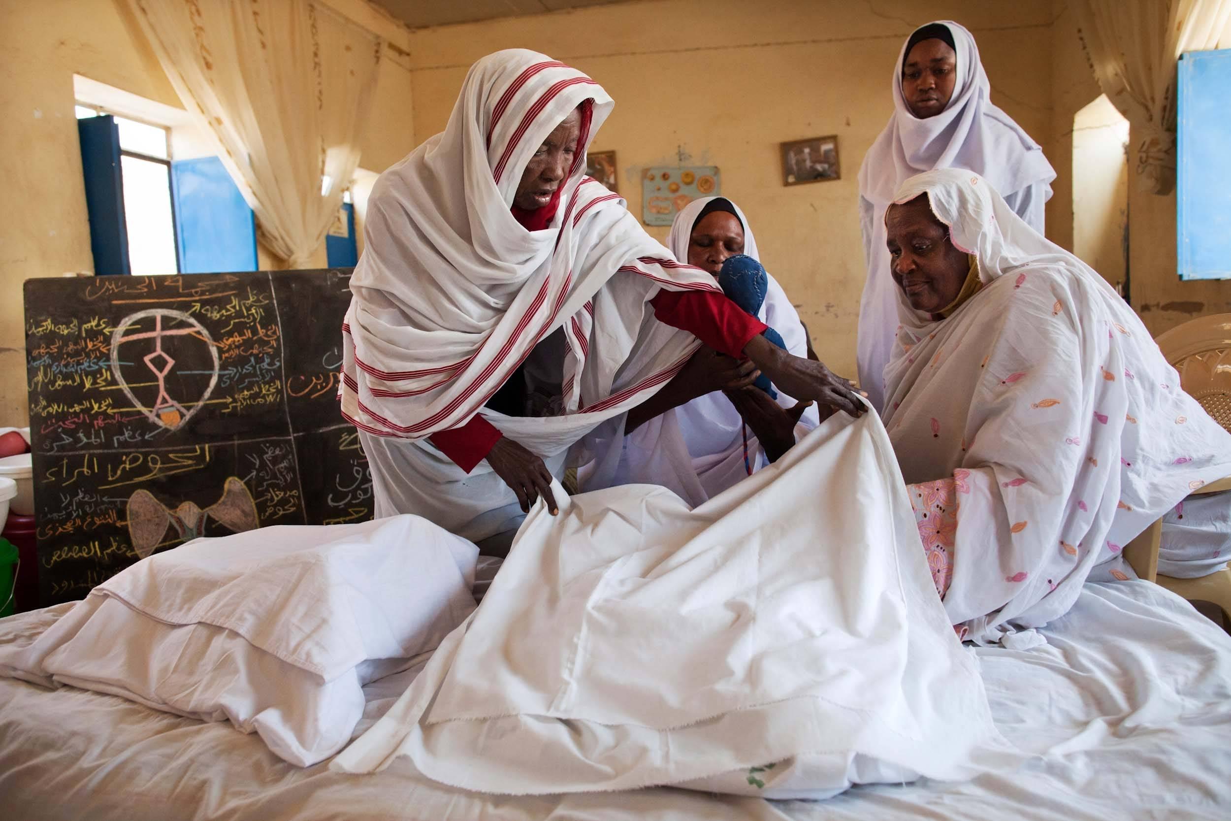 Den internationale dag mod kvindelig kønslemlæstelse