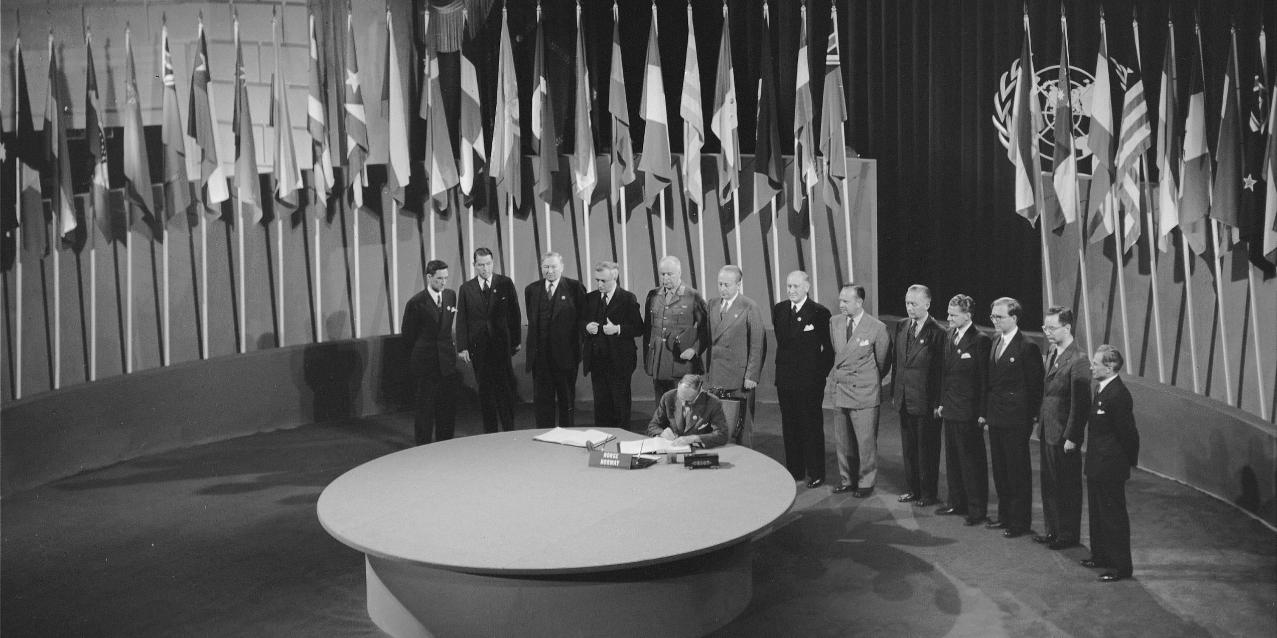 FN-pagten underskrives