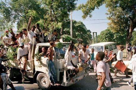 Haitianere fejrer det første frie valg i landet