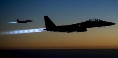 Disse to amerikanske jægerfly var blandt de første til at bombe IS mål i Syrien