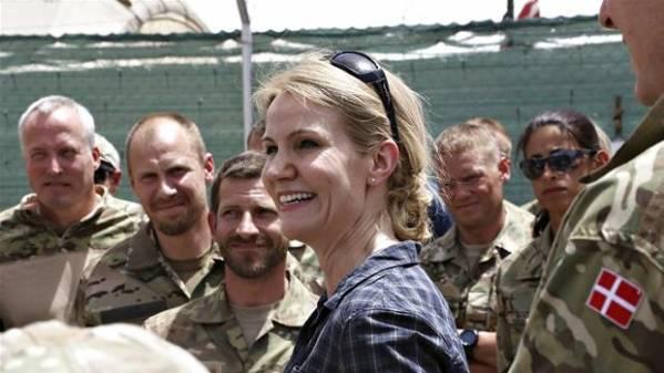Helle Thorning-Schmidt under et besøg i Helmand-provinsen